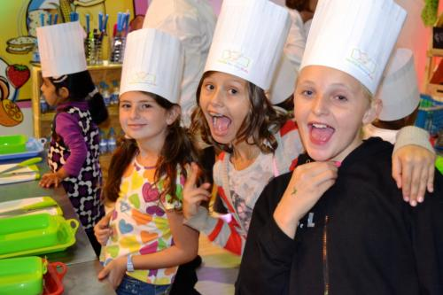 Junior Master Chefs learning to bake & cook