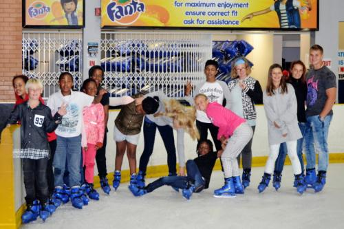 IEAE-Holiday-camp-cool-kids-ice-skating